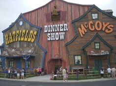 hatfilds and mccoy pictures | Hatfield & McCoy Dinner Show Reviews - Pigeon Forge, Sevier County ...