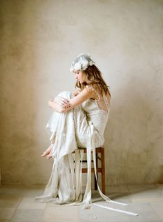 Claire Pettibone wedding dress, photo by Elizabeth Messina