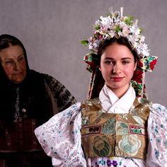 Zvolenská Slatina, Slovakia Crown, Culture, Jewelry, Fashion, Corona, Jewlery, Moda, Jewels, La Mode