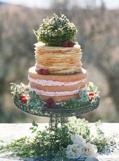food + drink | crepe and cake | lob lee photography | via: magnolia rouge