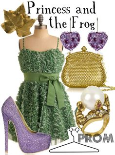 This disneybound Princess and the Frog combo is...unique. I like the froggy ring.