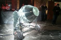 good to make mortar on the dancefloor..  Berlin, 05/25