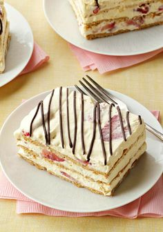 Strawberry Icebox Cake — Need to please 16 with a quick and easy dessert? This recipe should do it: a scrumptious treat, made with instant pudding and fresh berries.