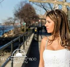 #photographer #photography #modeling #model #fashiondiaries #beautifulgirl #fashiondiaries #fashion #tbt #wedding #bride #brides #esposa #bridesmaids #picoftheday #pictureoftheday #astoriapark #beautifullatinas #beautiful #latinas #latina #canon #canonpic #colombiana #colombianas #mariage #andresrestrepophotography by pipe_photo