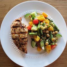 I was craving veggies so I made a salad with all of the veg I could find in my fridge   Mixed in some avocado and chickpeas and topped with olive oil and lemon. It hit the spot  400 calories, 46g protein, 16g fat, 18g carbs, 7g fibre.