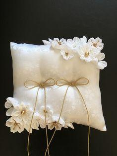 Vintage Wedding Invitations, Printable Wedding Invitations, Wedding Stationery, Invitation Cards, Wedding Pillows, Ring Pillow Wedding, Bridal Decorations, Ring Pillows, Flower Girl Basket