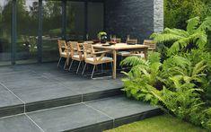 Avant Garde contemporary garden paving is available distinctive colours. Concrete Patio Designs, Cement Patio, Flagstone Patio, Patio Images, Patio Pictures, Contemporary Garden Design, Contemporary Landscape, Landscape Design, Stone Backyard