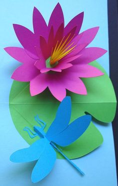 Water lily flower and dragonfly, pop-up card Pop Up Flowers, Book Flowers, Paper Flowers Craft, Giant Paper Flowers, Flower Crafts, Preschool Crafts, Crafts For Kids, Book Crafts, Paper Crafts