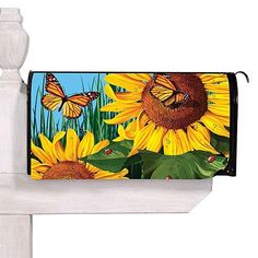 Sunflowers Mailbox Cover - don't know if I can paint this though. Sunflower Garden, Sunflower Design, Drawing Art, Art Drawings, Country Mailbox, Painted Mailboxes, Mailbox Ideas, Outdoor Projects, Outdoor Decor