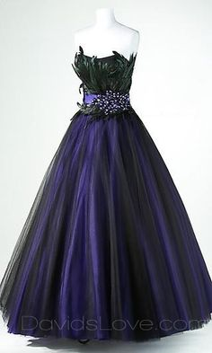 Fabulous gown...peacock colours...would be perfect for a mask ball or fancy dress