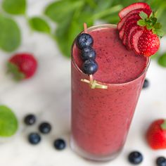Easy, healthy strawberry smoothie recipe with frozen fruit, spinach and coconut milk recipe from Nordstrom. Photo by Jeff Powell.