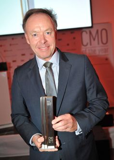 """Der beste Chief Marketing Officer 2014 ist Dr. Ian Robertson (BMW) -""""CMO of the year"""" #itag2014"""