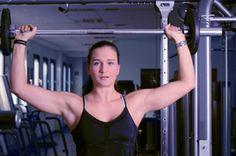 Shoulder Exercises for a Deltoid Workout | iSport.com