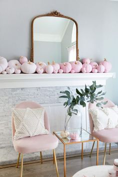 5 Step Ombre Pumpkin Decor Tutorial is part of Room Decor DIY Pink - If I had endless free time, I would work on DIY projects all day everyday The reality is, this is the first holiday season in about 5 years since I have had any time to…