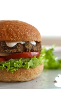 vegeterian black bean burgers