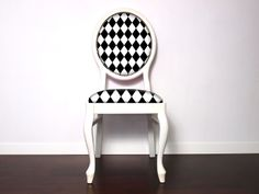 Black Diamonds chair visit on www.picchairs.pl