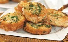 Yumurtalı Ekmek Tarifi - http://www.tarifler.co/yumurtali-ekmek-tarifi/?http://www.tarifler.co