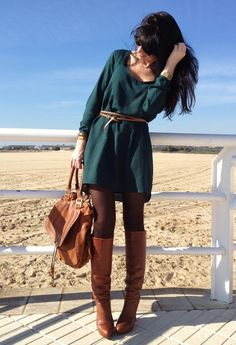 love this outfit for fall, a million times over, in a million different colors.