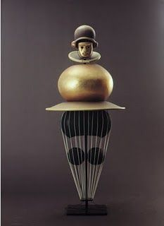 Costume for Triadisches Ballet, Oskar Schlemmer, 1922.