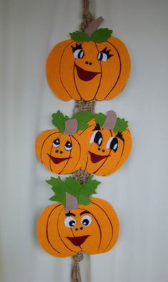 Paper Plate Owl in a Fall Tree Craft Halloween Decorations For Kids, Halloween Kids, Halloween Crafts, Manualidades Halloween, Adornos Halloween, Thanksgiving Crafts For Kids, Autumn Crafts, Tree Crafts, Diy And Crafts