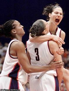 UConn Women's basketball 2002 National Champs 39-0