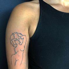 Dainty Tattoos, Pretty Tattoos, Mini Tattoos, Foot Tattoos, Body Art Tattoos, Small Tattoos, Sleeve Tattoos, Tatoos, Tattoos For Black Skin