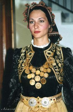 "Traditional costume of a Vlach woman. Northern Greece, Photo: Archive of ""Lykion ton Ellinidon"" (=Lyceum of Greek Women) of Larissa Greek Traditional Dress, Traditional Outfits, Gypsy Costume, Folk Costume, Costumes Around The World, Greek Culture, Historical Clothing, Folklore, Beautiful People"