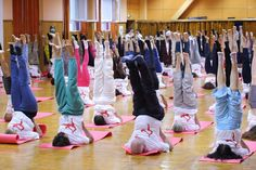 YogaEsoteric :: FOTOREPORTAJ: Ziua Internațională Yoga ::
