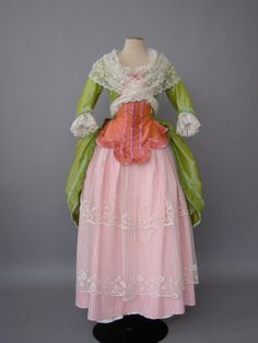 The Austrian Woman: Robe a L anglaise 18th Century Dress, 18th Century Costume, 18th Century Clothing, 18th Century Fashion, Lovely Dresses, Vintage Dresses, Vintage Outfits, Vintage Fashion, Historical Costume