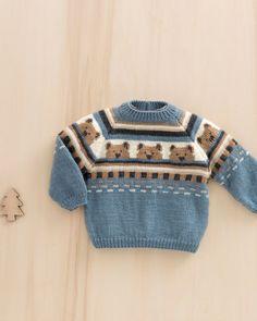 Baby Strikkeoppskrifter - Baby Strikkeoppskrifter og mønstre - Lilly is Love Baby Knitting Patterns, Baby Sweater Knitting Pattern, Knitted Baby Cardigan, Knit Baby Sweaters, Knitted Baby Clothes, Knitting For Kids, Baby Patterns, Baby Knits, Crochet Baby