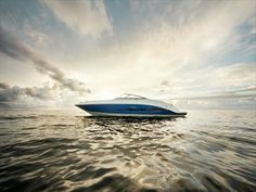 """Sea Ray company unveiled its new model boat in 2013. Model is labeled """"21 Jet"""" and it looks amazing. Excellent sports boat for excursions and relaxing ride full of adventure in the company of better half. Be sure to view the full text, as this is where the hidden specification ...."""