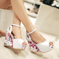 Have a look at these shoes  Shoespie Color Patchwork Wedge Sandal #Fashion, #Shoepie, #Womens http://www.fashion4shoes.com.au/shop/shoepie/shoespie-color-patchwork-wedge-sandal/