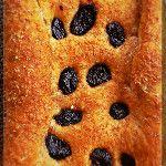 Pan integral con ciruelas, feliz día