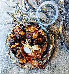 This classic florentine recipe is dairy free so even more people can enjoy this wonderful festive treat. Also makes the perfect edible gift - if they last long enough! Florentine Cookies, Florentines Recipe, Edible Gifts, Melting Chocolate, Tray Bakes, Paella, Dairy Free, Breakfast Recipes, Ethnic Recipes