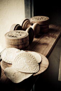 stamped corzetti - stamped pasta disks