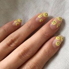 36 Gorgeous Summer Nails Art Design Ideas Easy To Copy - Have you found your nail's lack of some fashionable nail art? Yes, recently, many girls personalize their fingernails with beautiful nail designs to d. Minimalist Nails, Funky Nails, Trendy Nails, Nail Swag, Aycrlic Nails, Glitter Nails, Coffin Nails, Fire Nails, Best Acrylic Nails