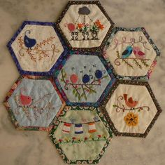 Gorgeous birdie hexies !  I must make some !