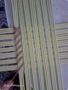 Поделка изделие Плетение Идея  Не моя  Бумага газетная Трубочки бумажные фото 2