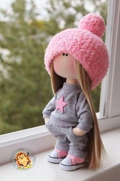 You Will Enjoy fabric dolls With One Of These Helpful Suggestions fabricdolls Yarn Dolls, Knitted Dolls, Crochet Dolls, Pretty Dolls, Cute Dolls, Beautiful Dolls, Fabric Toys, Fabric Crafts, Diy Crafts
