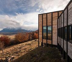 felipe-assadi-arquitectos-awasi-patagonia-chile-designboom-02