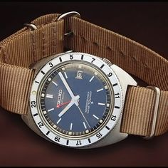 Another GMT! The absolutely stunning Navigator Timer, an automatic water resistant GMT from the 60s. This piece should be on most collectors' lists. What's your favorite Seiko GMT? #seiko #seikodiver #vintage #gmt #watches #zulu (via lumber@relojesparatodos.com)