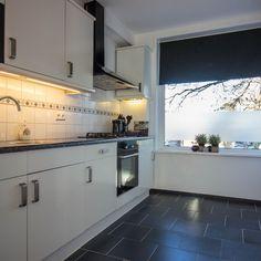 Deze keuken hoort bij een appartement dat binnenkort in de verkoop gaat. #fotostyling #fotografie @TudorStyle Vastgoedstyling