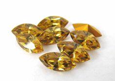 Vintage Rhinestone Swarovski Crystal Light Topaz Navette Harvest Gold