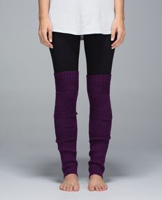 Lululemon Tip To Toe Leg Warmers heathered berry yum yum These cozy and versatile leg warmers were designed to ward off shivers during warm-ups in cold studios. Super-soft Merino Wool fabric  helps us hold on to heat, while the slim fit and cuffed rib helps keep them in place over yoga crops or pointe shoes.