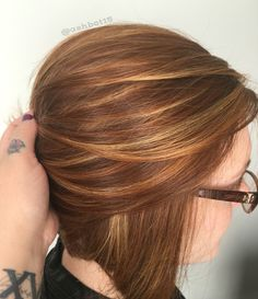 Dimensional red hair