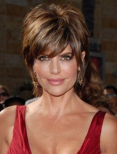 Lisa Rinna Hairstyles - June 15, 2007 - DailyMakeover.com