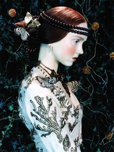 Lily Cole's photographic portrait reminiscent of Rosseti so much...