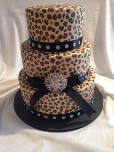 I should just marry myself and surprise myself with this wonderful cake! Lol
