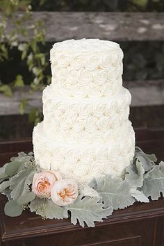 lamb's ear wedding cake // brides of adelaide magazine