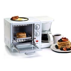 3-in-1 Multifunction Breakfast Deluxe. Perfect solution to your freshmen dorm that lacks a stove and oven